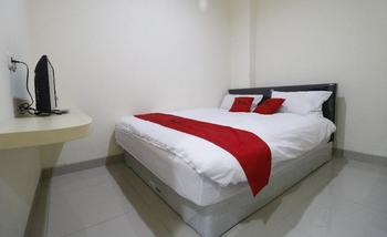 RedDoorz Plus near Mall Ciputra Jakarta Jakarta - RedDoorz Room with Breakfast Regular Plan