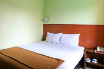 Hotel Prisma Surabaya - Superior Double Basic Deal