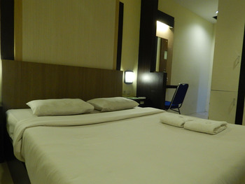Green Leaf Inn Pontianak - Superior New Room Regular Plan