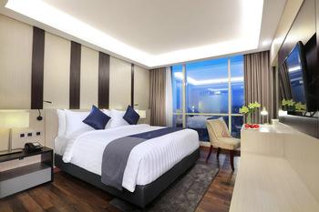 Aston Kartika Grogol Hotel & Conference Center Jakarta - Deluxe King Room Only Regular Plan