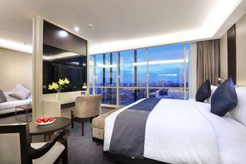 Aston Kartika Grogol Hotel & Conference Center Jakarta - Suite Room Breakfast Regular Plan