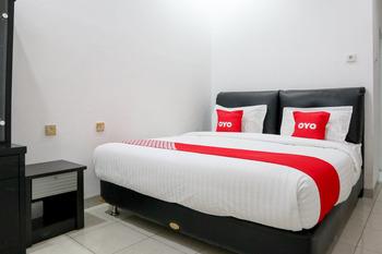 OYO 2052 Mutiara Residence Padang - Deluxe Double Room Regular Plan