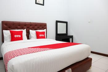 OYO 2052 Mutiara Residence Padang - Saver Double Room Regular Plan