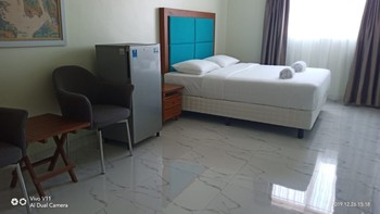 Alinson Boutique Resident Batam - Deluxe Double Room NR Min 2 Nights