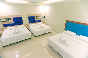 Alinson Boutique Residence Batam Batam - Family Room Stay More, Pay Less