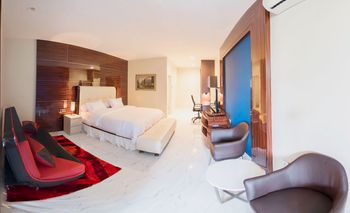 Alinson Boutique Residence Batam Batam - Suite Stay More, Pay Less