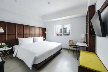 Hotel Kampi Surabaya Surabaya - Champs Room Hollywood Park View Promotion 2020 Regular Plan