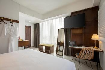 Hotel Kampi Surabaya Surabaya - Champs Room Hollywood City View Offer 2020 Last Minute Deal