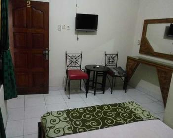 Hotel Puspo Nugroho Malioboro Yogyakarta Yogyakarta - Deluxe Room with AC plus Promo Stay Hepi