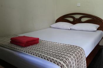 Hotel Puspo Nugroho Malioboro Yogyakarta Yogyakarta - Standard Room with AC Plus Promo Stay Hepi