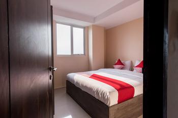OYO 429 Skyview Setiabudi Premium Medan - Suite Family Room Regular Plan
