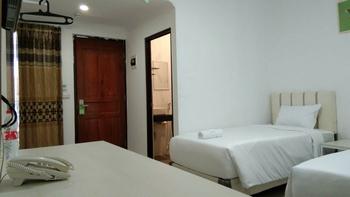 Livinn Yogya Hotel Yogyakarta - Superior Twin Room Regular Plan