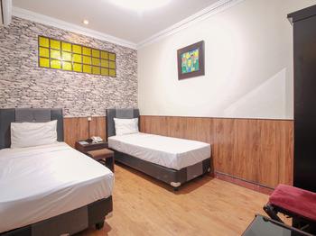 Hotel Sabang Bandung - Standard Twin Room Regular Plan