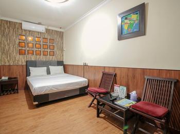 Hotel Sabang Bandung - Standard Double Room Regular Plan