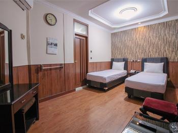 Hotel Sabang Bandung - Deluxe Twin Room Regular Plan