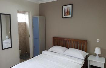 Kayumanis Homestay Syariah Jakarta - Double Room Regular Plan