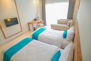 Pollos Hotel & Gallery Rembang - Standart Twin Room Regular Plan