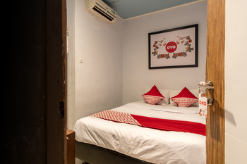 OYO 380 SZ Nine One Medan - Standard Double Room Regular Plan