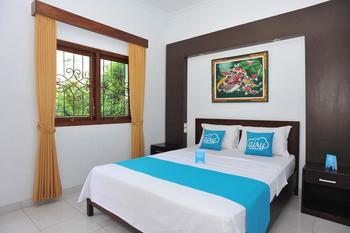 Airy Eco Kuta Kartika Plaza Gang Pendawa 2 Bali - Deluxe Double Room Only Special Promo Apr 24