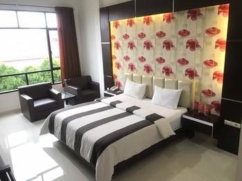 Hotel Harmony In Pontianak - Villa Executive Suite Regular Plan