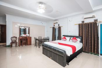 OYO 580 Losmen Cikuda Bogor - suite double Room Regular Plan