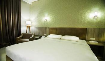 Raden Wijaya Hotel & Convention Mojokerto -  Deluxe Room Breakfast Regular Plan