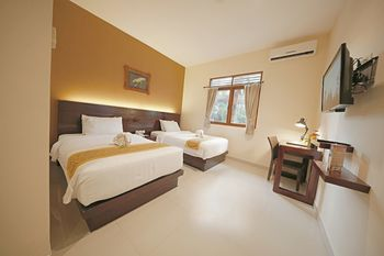 Royal Safari Garden Resort and Convention Bogor - Grand Deluxe Leopard Room Only Best Deal