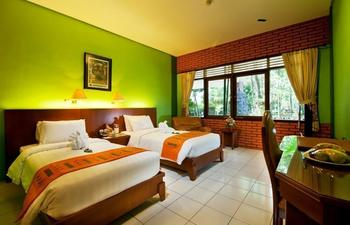 Royal Safari Garden Resort and Convention Bogor - Superior Komodo Room Only Without AC Regular Plan