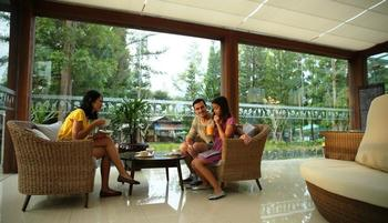 Royal Safari Garden Resort and Convention Bogor - Superior Komodo Without AC Regular Plan