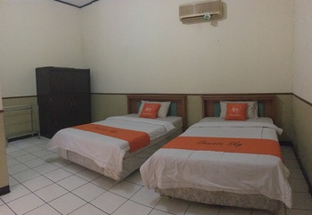 Dewata Sky Lembong 23 Bandung - Standard Twin Room Only Regular Plan