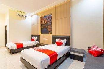 OYO 1309 Hotel Shafira Yogyakarta - Deluxe Twin Room Regular Plan
