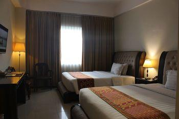 The Rich Jogja Hotel Jogja - Deluxe Room Regular Plan