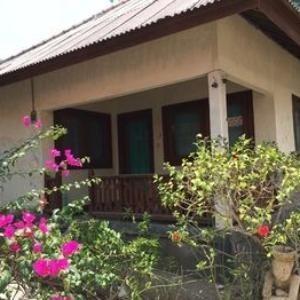 Coral Beach 2 Bungalow Lombok - Standard Room Fan Only Regular Plan