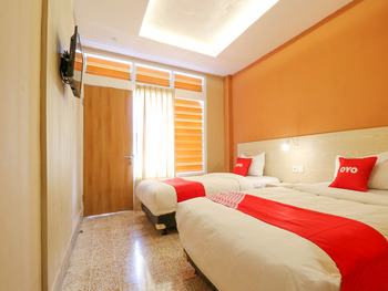 OYO 1384 Pulau Bali Hotel Bali - Standard Twin Room Regular Plan