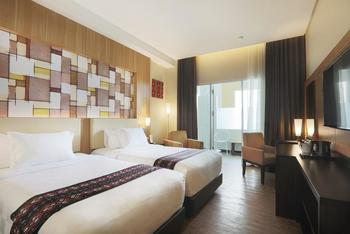 Best Western Kindai Hotel Banjarmasin - Deluxe Twin Balcony Smoking Room Promo Gajian