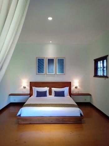 Villa Aquin Solo - Aquin Suite Room Only Regular Plan