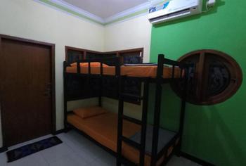 Dhika Adventure Probolinggo - Mixed Dormitory Lt.2 - For 1 Person PegipegiYuk Promo
