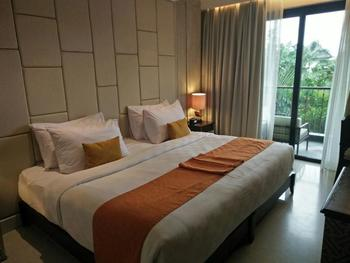 Jambuluwuk Oceano Seminyak Hotel Bali - Deluxe Double or Twin Room with Balcony Flash Sale