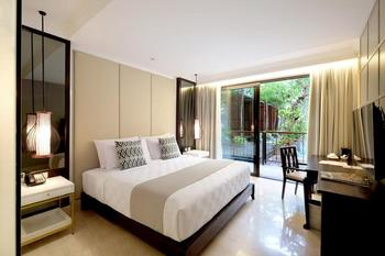 Jambuluwuk Oceano Seminyak Bali - Deluxe Balcony Room Only Min 2 Night Stay 40%