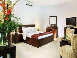 The Radiant Hotel Bali - Deluxe Room with Breakfast Gratis 1x Makan Siang/Makan Malam