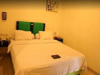 Ruby Inn Makassar - Superior Room Only Regular Plan