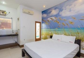 RedDoorz @Nakula Barat Legian Bali - RedDoorz Room Special Promo Gajian