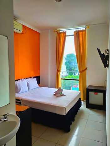 MIRA hotel Banjarmasin - Deluxe City View Regular Plan