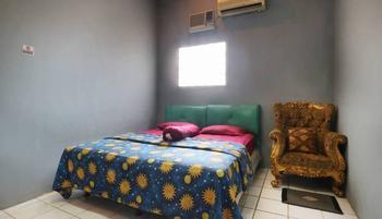 Srimanganti Guesthouse Jakarta - Standard Room Only Shared Bathroom 53% Min stay 3 N