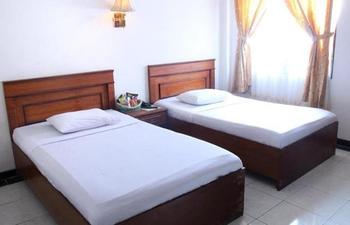 Grand Jamrud 1 Hotel Samarinda - Standard Twin Room Only Regular Plan
