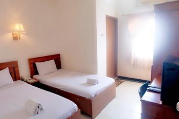 Grand Jamrud 1 Hotel Samarinda - Standard Twin Room Only Regular Plan