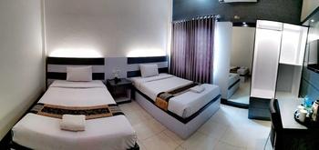 Grand Jamrud 1 Hotel Samarinda - Deluxe Twin Room Regular Plan