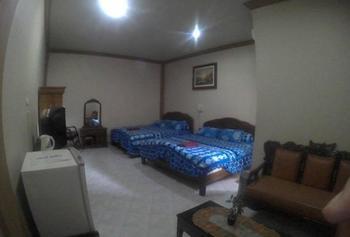 Hotel Rahayu Syariah Banjarmasin - Family Room Minimum Stay 43%