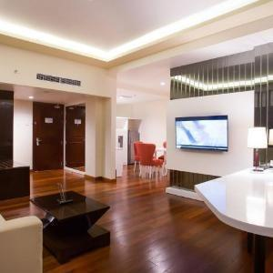 Golden Palace Lombok - President Suite King Bed Non Smoking Room Free Minibar Weekend Sale