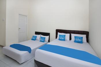 Airy Eco Syariah FL Tobing KM 8 Tenggarong Kutai Kartanegara - Standard Twin Room with Breakfast Special Promo 4